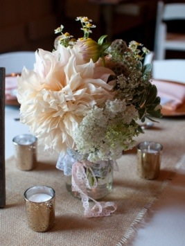 Reception Centerpiece: Photo by Blair Nicole Photography via Heather Renee Celebrations
