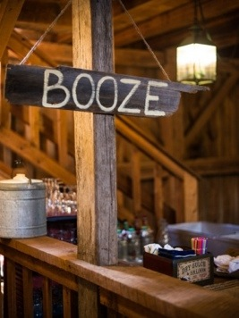 Reception Bar Sign: Photo by Menning Photographic via Heather Renee Celebrations