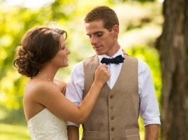 Bride Adjusting Groom's Tie: Photo by Menning Photographic via Heather Renee Celebrations