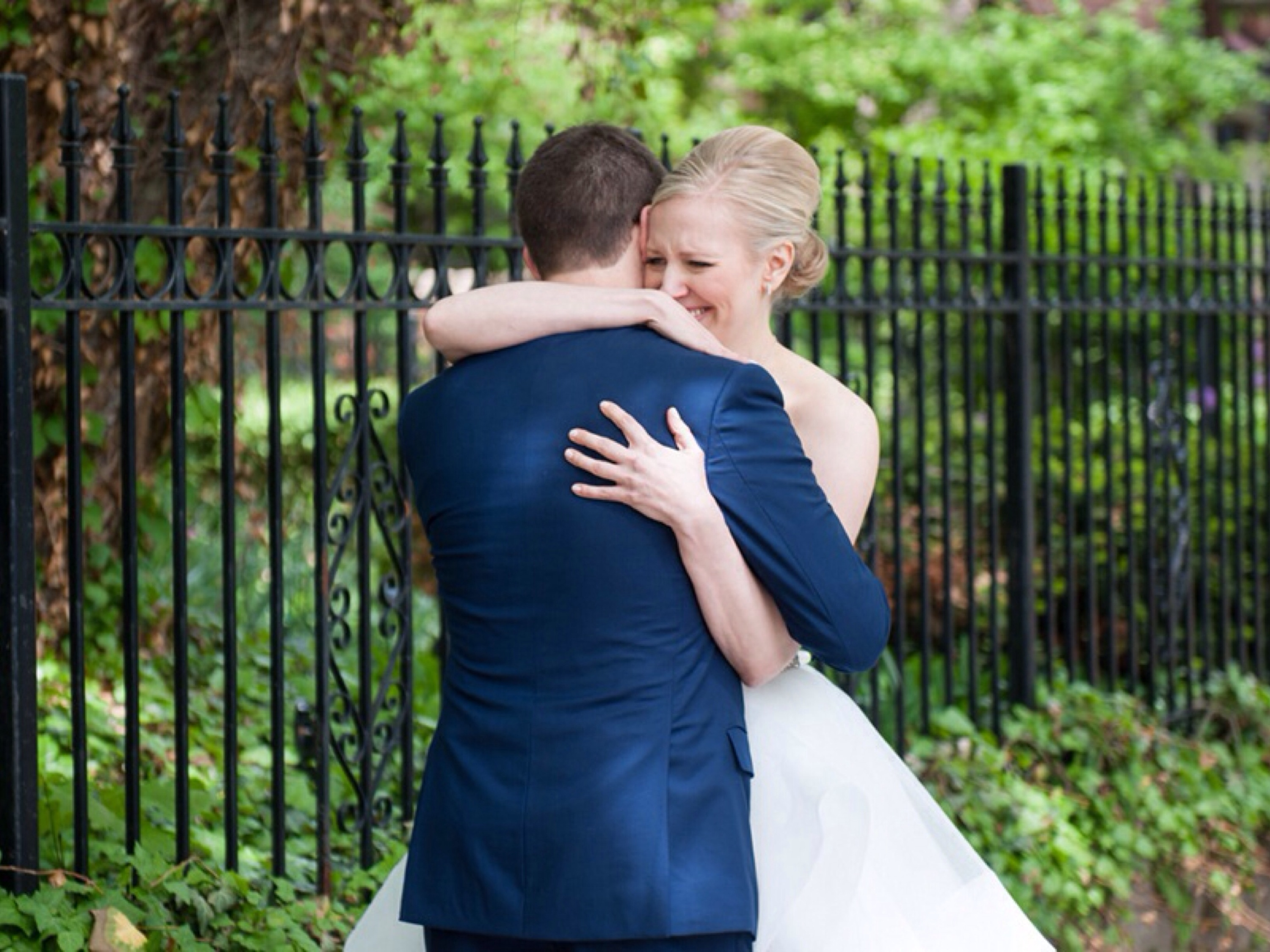 Lincoln Park Wedding: Photo by Ben Elsass Photography via Heather Renee Celebrations