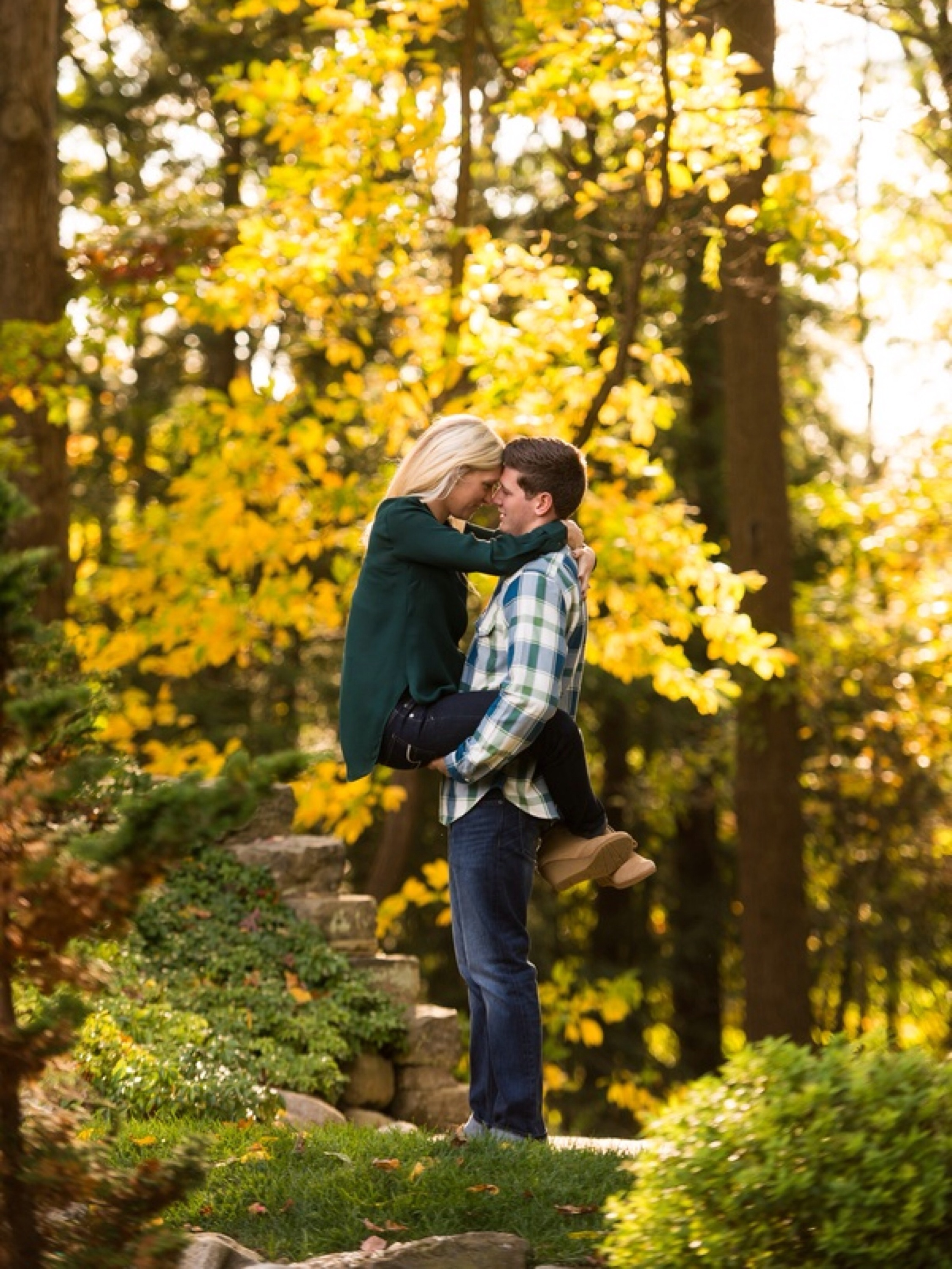 Stan Hywet Hall Engagement: Menning Photographic via Heather Renee Celebrations