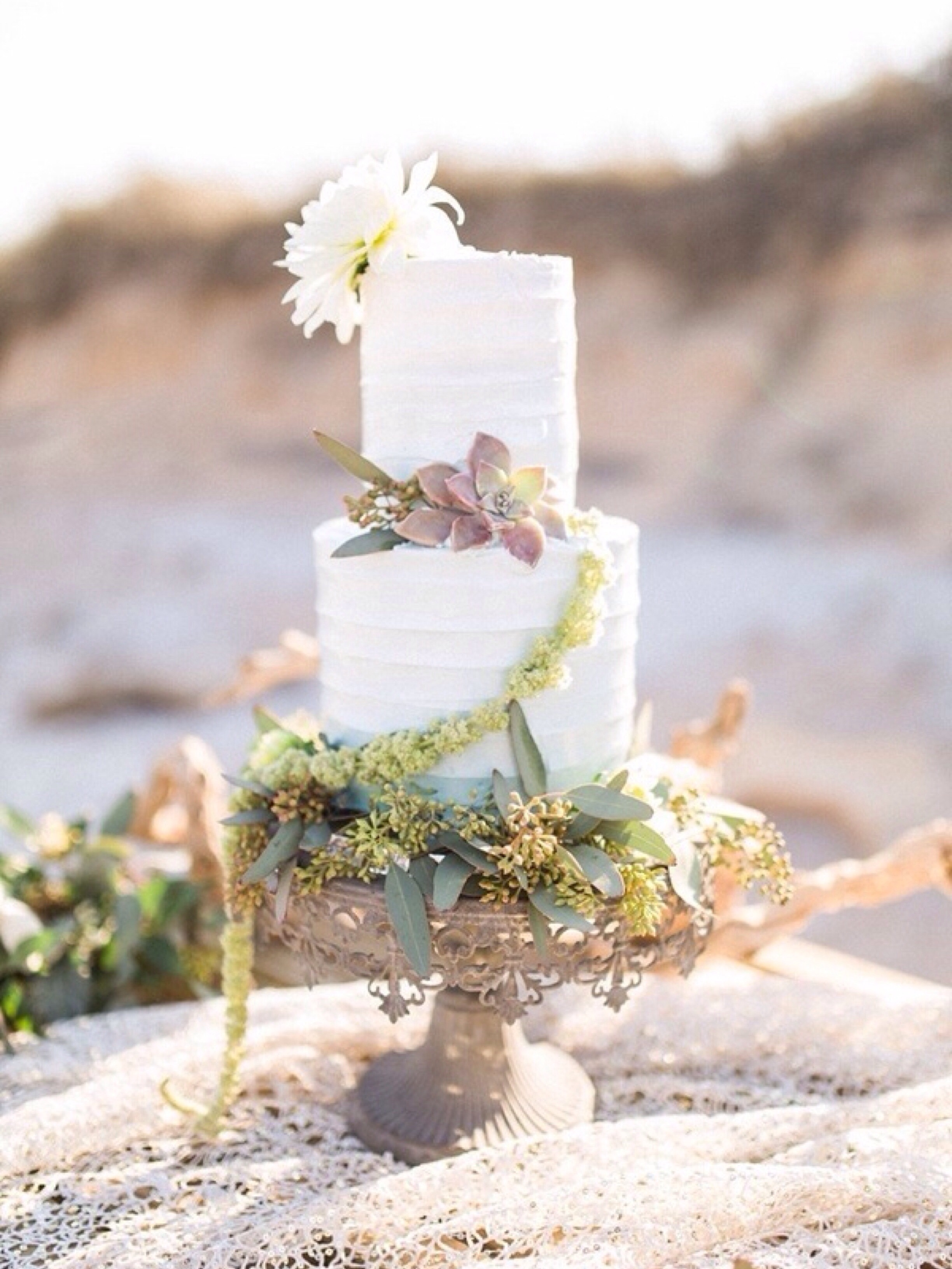 Sophisticated Oceanside Celebration: Photography by Bri Cibene Photography via Heather Renee Celebrations